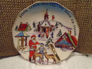 antiquité Japan assiette Santa Claus village Val David