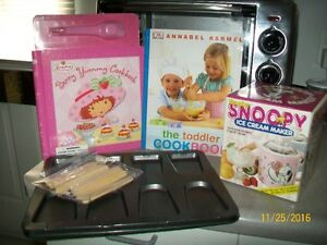 Assorted Kitchen Baking and Cooking Items. Kitchener / Waterloo Kitchener Area image 1