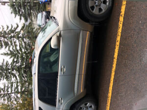 2003 Toyota  4Runner Limited V8 4x4 Fully Loaded, Leather, Tow