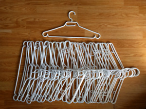 Free white plastic clothes hangers (SOLD PPU)