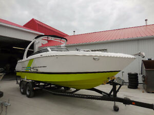 2016 Fourwinns H260 RS only 40 hours!!!