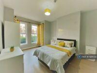 1 bedroom in Norman Terrace, Leeds, LS8 (#928032)