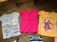 selection de vêtements été  5T pour fille