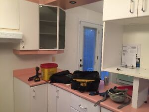 Armoires de cuisine stratifiées blanches