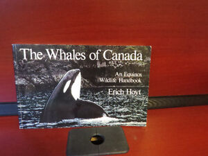 The Whales of Canada: An Equinox Wildlife Handbook Paperback