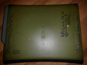 Xbox 360 Halo edition console