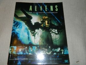 ALIEN PREDATOR MOVIE BOOKS