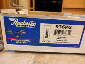 Raybestos Professional Grade Brake Shoes