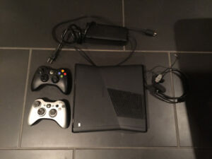 Xbox 360 Slim with 2 Controllers, 12 Games & Mic
