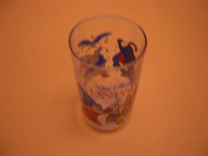 COLLECTIBLE GLASSES FOR SALE MUPPETS, FANTASIA, WWF, ANNIE London Ontario image 5