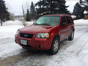 2005 Ford Escape AWD V6 LEATHER