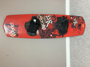wakeboard obrien ace 137  with obrien bindings