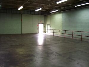 Industrial Warehouse WITH OFFICES IN NIAGARA FALLS ON QEW