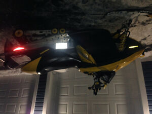 Parting out 2005 mxz 600 ho ski-doo with e start --709-597-5150 St. John's Newfoundland image 2