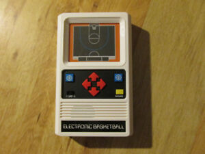 ELECTRONIC BASKETBALL NBA Sports Handheld Video Game NEW Retro