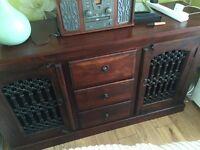 Sheehan Jali Wood furniture