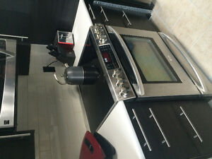 Like NEW LG dual convection glass cook top stove!
