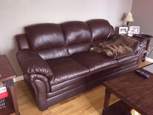 Couch and reclining chaise