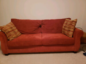 Broyhill Sleeper Sofa - Pull Out Double Bed Couch
