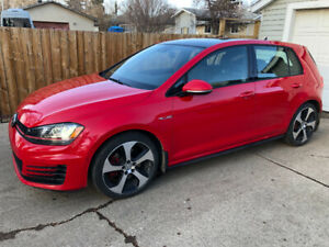 2016 GTI - low KMs -  stock - leather/loaded - Autobahn