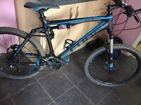 Dual suspension mountain bike, Cube ams 130 pro