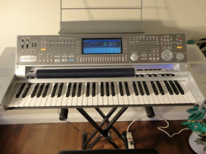 Piano Keyboard - Technics KN7000 - MINT CONDITION