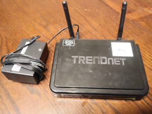 TrendNet 300 mpbs router