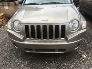 2007 MINT JEEP COMPASS FOR PARTS