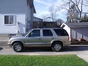 2000 Chevrolet Blazer SUV, Crossover Kitchener / Waterloo Kitchener Area image 1