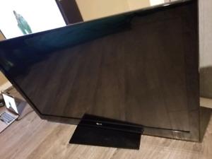 """LG 47CS570 47"""" 1080p LCD HDTV 1080P 120Hz"""