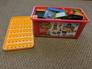 Trio Blocks toys