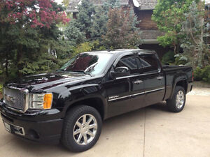 2013 GMC Sierra 1500 6.2L 4dr Denali Pickup Truck Loaded!