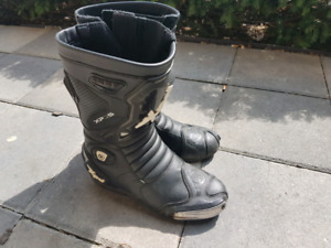 Xpd Motorcyle boots 9.5