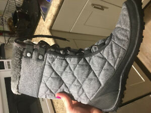 New boots Columbia water proof -32 warmth