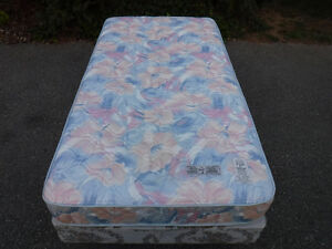 king koil, single 2yr old mattress and non matching box spring ,