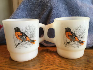 2 Vintage Fire King Milk Glass Bird Coffee Mugs