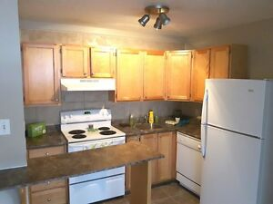 $99 MARCH RENT PROMOTION ! WOODWARD GARDENS