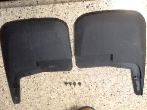 2017 fitted Ford F-150 front mud flaps used 4 days on new truck