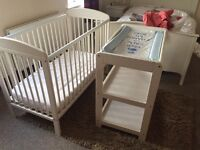Mamas and Papas Cot and Change Table