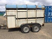 CATTLE/PONY TRAILER