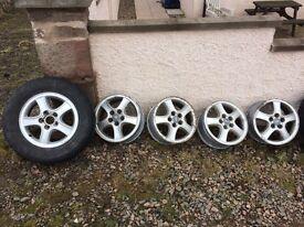Hyundai alloys x 5 winter wheels
