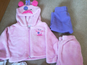 6-9 MO baby girl fall/winter with fleece outfits LOT