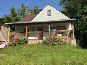 ▂▃▅▆▇█ Great Location Home in Hamilton Mountain for Sale