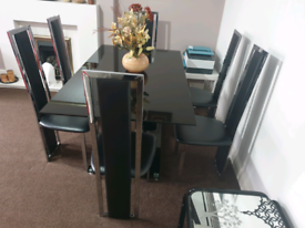 Black Glass Dining Table and 6 Leather Chairs
