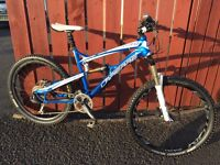 Lapierre zesty 214 enduro full suspension mountain bike