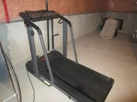 PROFORM 595 TREADMILL - GREAT FOR STAYING IN SHAPE IN WINTER!