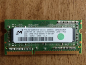 2x Micron 1GB PC3-8500S DDR3-1066 Laptop and Macbook RAM
