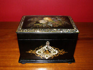 Collection of Antique Boxes - Tea Caddies Lapdesks Knife Boxes London Ontario image 10