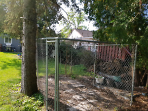 Dog  enclosure for sale in alliston.