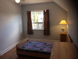 KITCHENER DOWNTOWN ROOM RENTAL, ALL INCLUDED